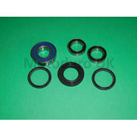 Rear Wheel Bearings & Seal Kit Kawasaki KDX200 C1-C3 1986-88