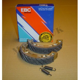 "EBC ""Water Grooved"" Brake Shoes Suzuki RM125 A/B/C 1976-78"